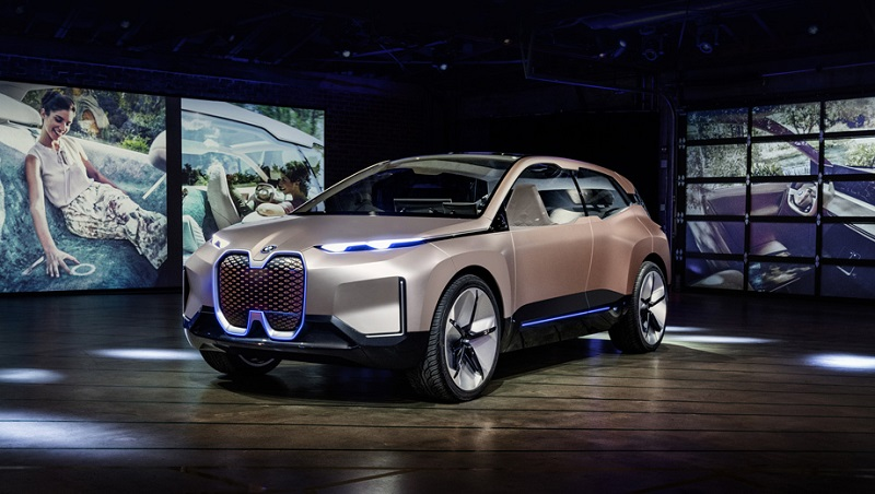 Электромобиль BMW iNext готовится к дебюту в конце 2020 года