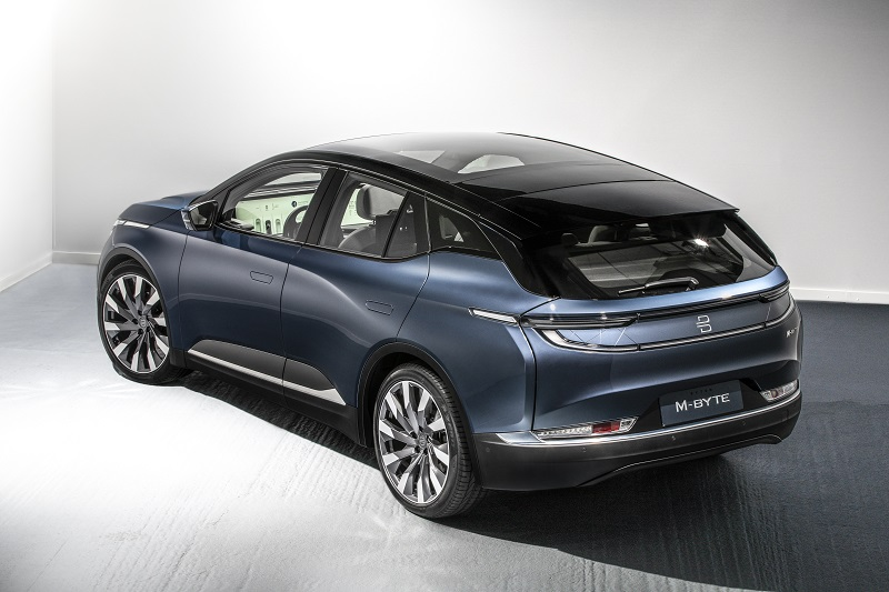 Новый электромобиль Byton M-Byte 2020 от выходцев из BMW и Infiniti