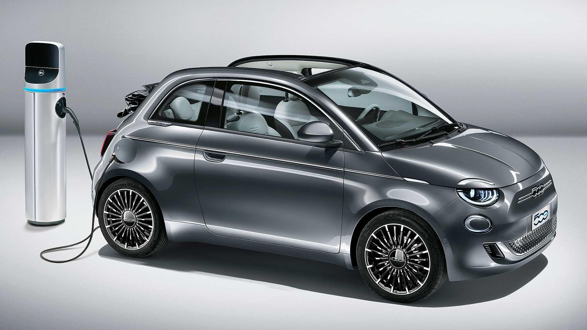 Электрический Fiat 500 получил дополнительную дверь. Что изменилось?